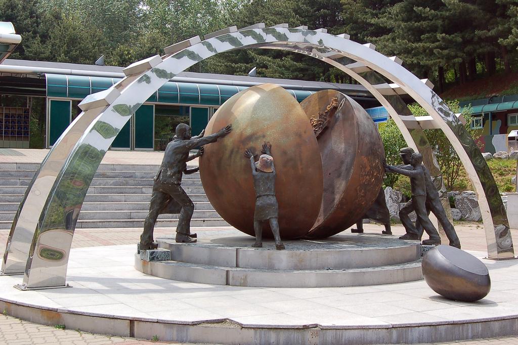 Corée, Chine, Inde, Russie: le retour des non alignés