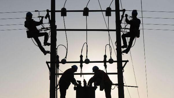 Nucléaire: EDF poussée vers la faillite?